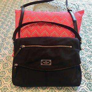 Kate Spade ♠️ Purse/Crossbody! Excellent Condition